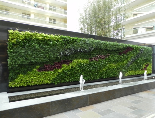 Exterior Custom Replica Green Wall with Water Fountain